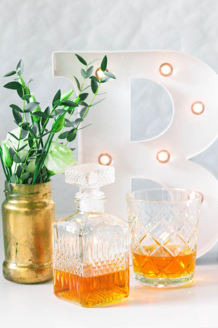 Leuchtbuchstaben ''B'' Hochzeit