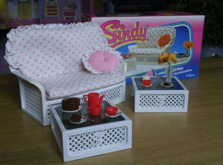 Vintage 1980s Sindy Luxury Settee Coffee Table Set With Original Box Manual  | 17.99+3.99