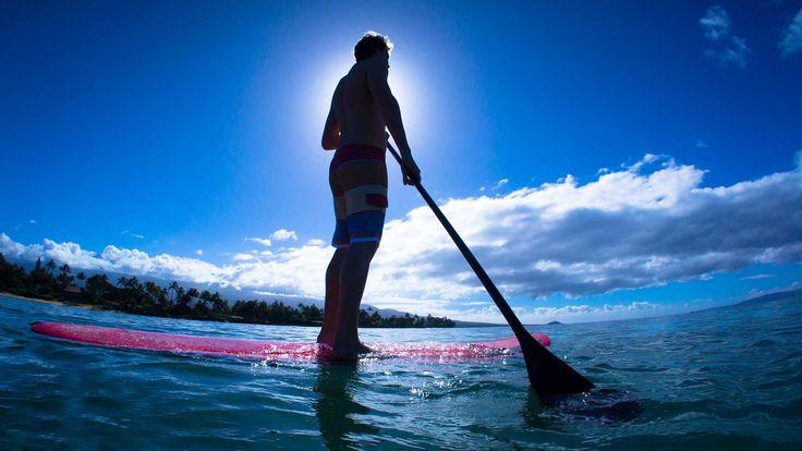 Anímate a probar el paddle surf, el deporte de moda que cada verano gana más adeptos. Esta modalidad de surf, conocida como surf de palo, es un deporte que se basa en desplazarse de pie en la tabla con la ayuda de un remo https://www.giftarea.com/paddle-surf
