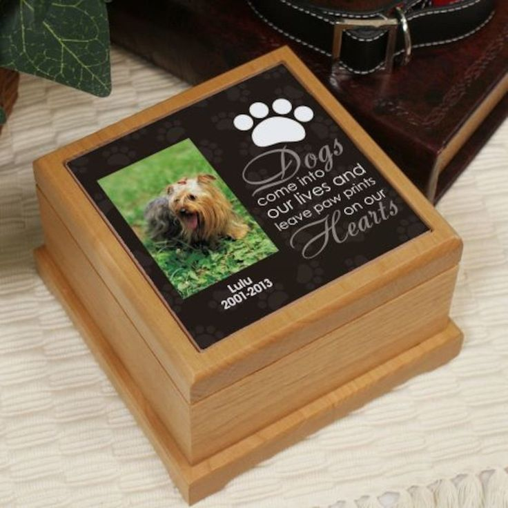 Personalized Pet Photo Wooden Memorial Urn - Gifts Happen Here
