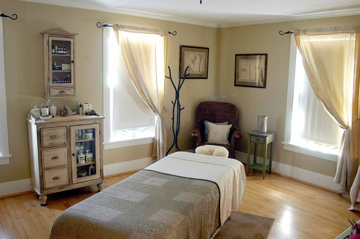 """Massage room Evergreen Cottage Ely, Minnesota """"The massage room is ready, with a warm bed, soothing music, and a soft glow."""""""