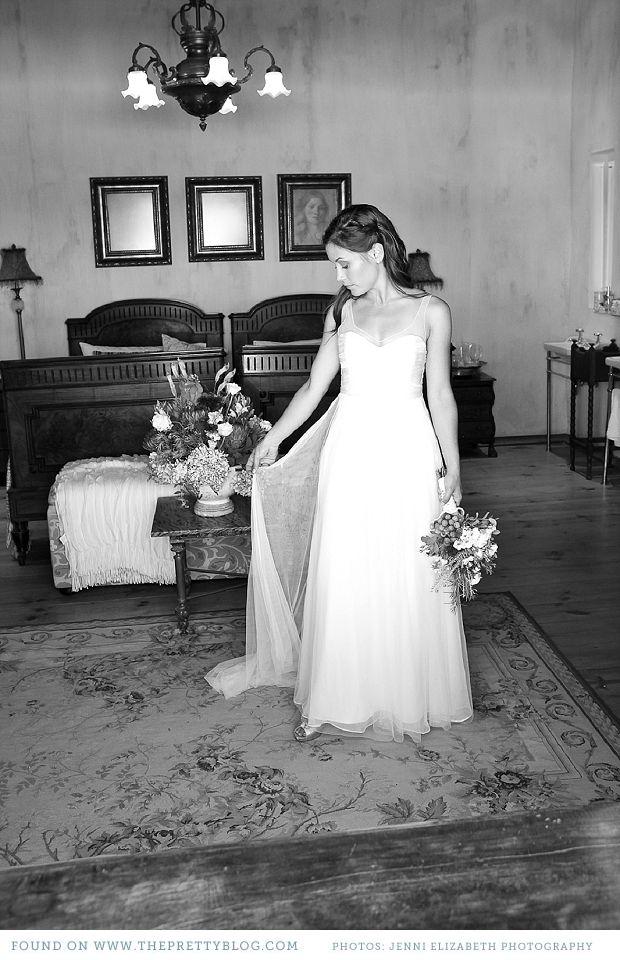 Elegant white wedding dress | Photo: Jenni Elizabeth Photography & Design, Dress: Kluk CGDT