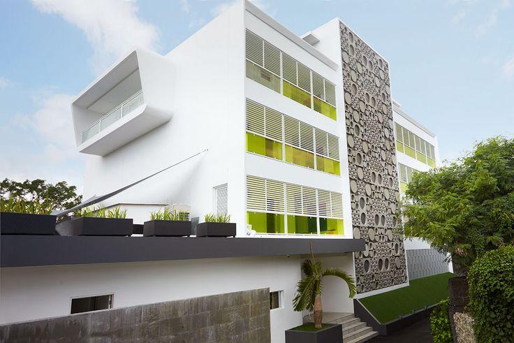 Luna2 studiotel exterior #hotel #Bali #Seminyak #modern #fun #design