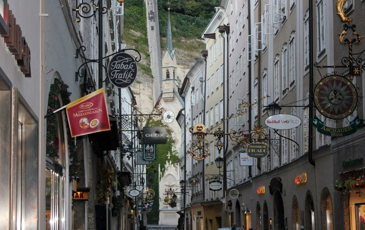 Hoping to spend a romantic evening with your significant other in Salzburg, Austria? Check out some date night ideas that are easy on the wallet.