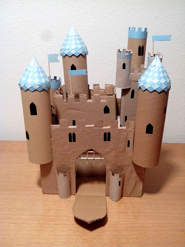 Las 25 mejores ideas sobre castillo de cart n en - Manualidades castillo medieval ...