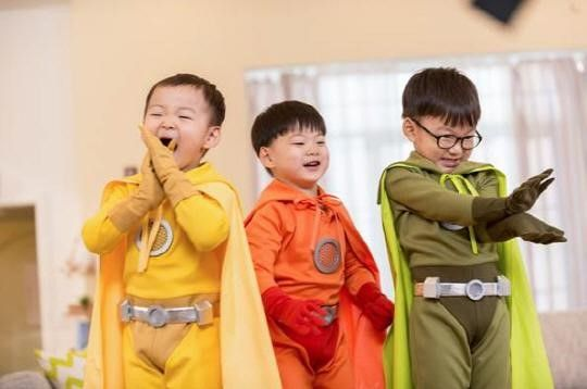Daehan, Minguk, and Manse Are Superheroes in New Commercial