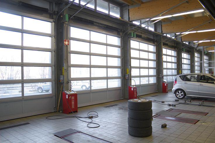 #BredaLoveCars - Portoni sezionali LUXOR by Breda e #Mercedes Classe A! @Mercedes-Benz – The best or nothing #breda #portone #portoni #bredaportoni #garage #door #doors #garagedoor #garagedoors #sectionaldoor #sectionaldoors #auto #automobile #automobili #car #cars http://www.bredasys.com/industriale_breda_alu_line_luxor.html