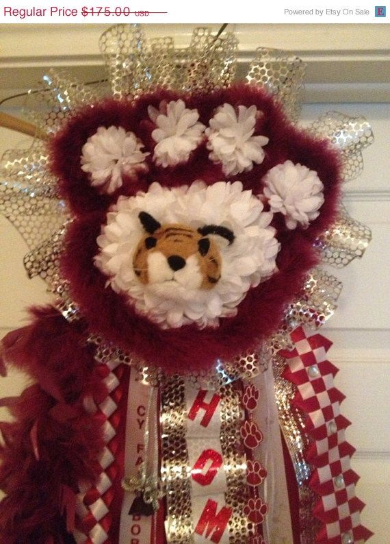 Homecoming Mum-Paw Print-Ready To Ship, Cy Fair  Custom orders welcome  ***This paw print style Mum is copywrited.***