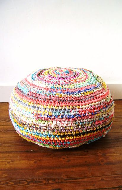 Nice colours [silly old suitcase: Fabric crochet madness- a pouf...]