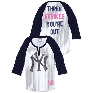 favorite Yankees shirt <3