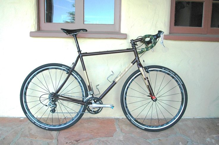 Black Cat Cyclocross bike.  Made in Santa Cruz, CA.  Tastefully appointed.  Ready to race.