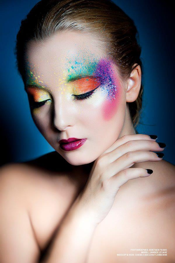 Masquerade makeup maquillage pinterest for Poisson yeux miroir