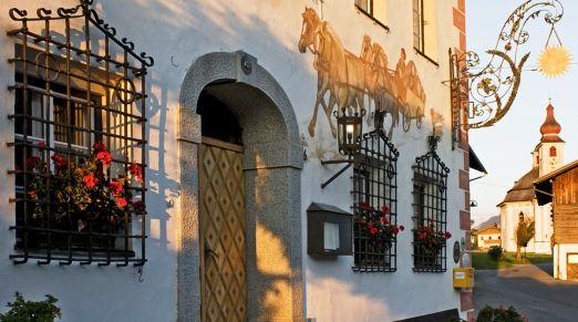 Strasserwirt - Tyrolean Stately Home