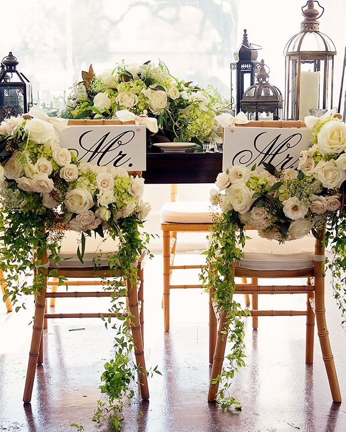 Photo: Sison Photography; Stunning wedding reception floral idea!