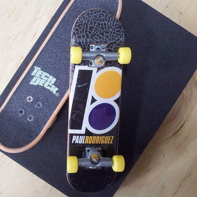 BRAND  PLAN B SKATER  PAUL RODRIGUEZ SERIES  STANDARD SERIES PRODUCT  96MM DOUBLE PACKS * ล้อสี / ไม่มีลายที่ล้อ * #techdeck #techdeckthailand #thailandtechdeck #fingerboard #fingerboardthailand #thailandfingerboard #toysthailand #toythailand #miniskate #skate #sk8 #สเก็ต #thailandskateboard #skateboardthailand #planb #paulrodriguez