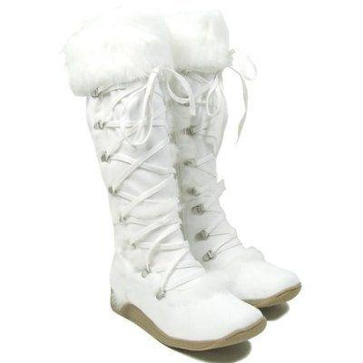 white winter fuzzy boots. | Health/Beauty/Fashion | Pinterest