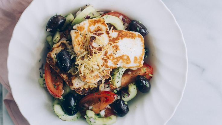 Halloumi og gresk salat