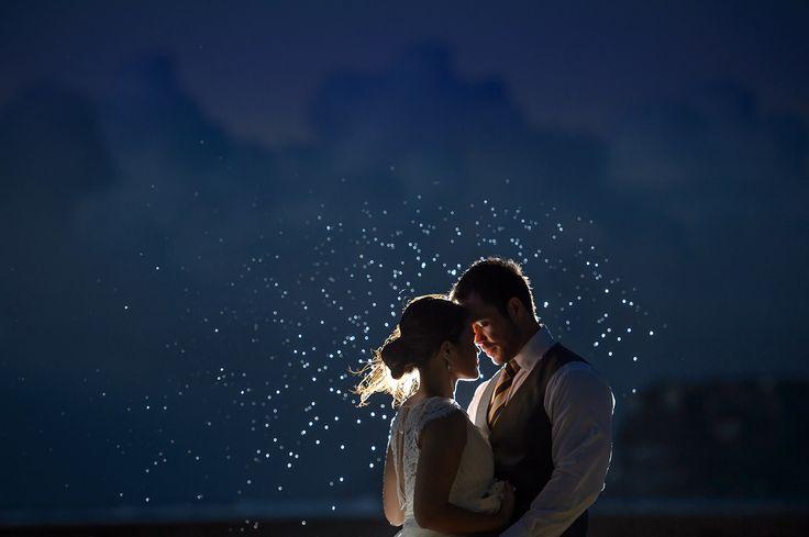 15.4.10-37-Frames-Mary-and-Raymond-Guam-Hilton-Wedding-21501.jpg (1500×998)