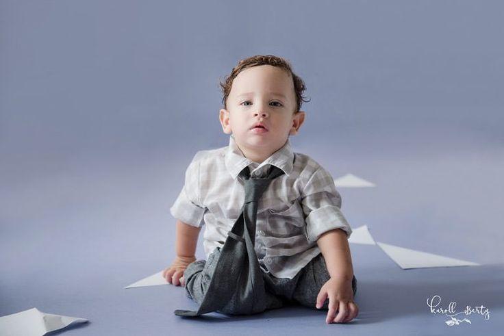 MOISES retrato de bebés - Baby portrait http://ift.tt/2fMB5xb #fotografadebebes #retratosdebebes #fotografiadebebesencolombia #bebesencantadores  #fotosartisticas #newbornphotographer #newbornportraits  #babyboy  #babyportrait #happybirthday