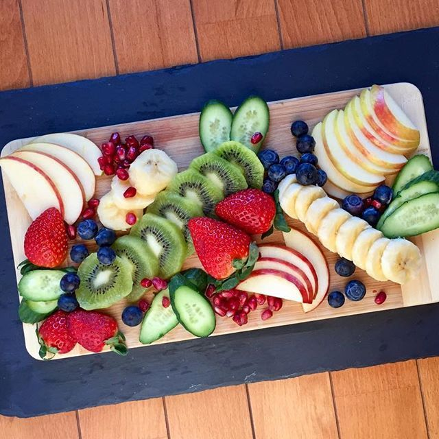 Life is sweet • • • • • #onthetable#fruitsalad#nourish#glutenfree#detox#fruit#eatrealfood#veganfoodshare#vegan#foodie#yegfood#yeg#foodshare#colorful#fooddiary#plantbased#foodaccount#eatclean#eattherainbow#rainbow#igfood#smoothie#foodphotography#healthy#eatwell#foodporn#feedfeed @thefeedfeed