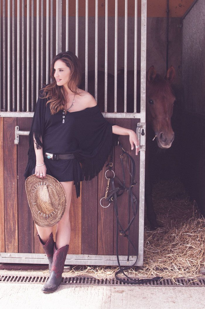 NO ONE IS A COWGIRL ♥ Seventees