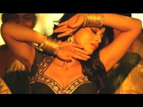 Song: Chhamiya No. 1 Movie: Zila Ghaziabad Singer: Sunidhi Chauhan, Shabab Sabri Starcast: Sanjay Dutt, Arshad Warsi, Shriya Saran, Vivek Oberoi, Minisha Lambha, Others. Music Director: Bappa Lahiri lyrics: Shabbir Ahmed Music Label: T-Series  Enjoy and stay connected with us!!  SUBSCRIBE T-Series channel for unlimited entertainment http://www.y...