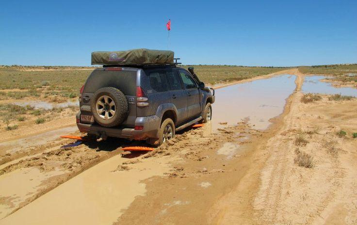 #EmpiezaAlgoSucio Daniel's Toyota Prado escaping the mud thanks to MAXTRAX during a solo crossing of the Simpson Desert, Central Australia