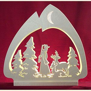 Candle Arches Fret Saw Work Candle arch with a hunter/forest motive - LED- - 30x28,5x4,5cm / 12x11x2 inch