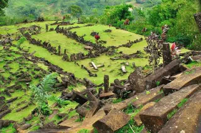 #Situs #Megalitik #Gunung #Padang #Cianjur