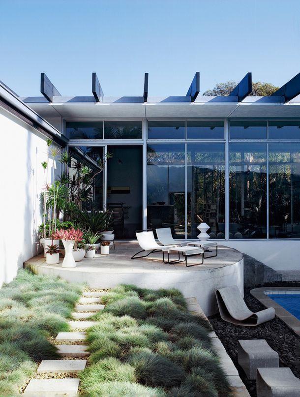 Strick House / Oscar Niemeyer