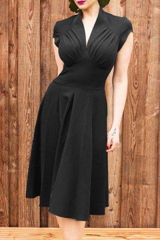 Vintage V Neck Midi Dress ==