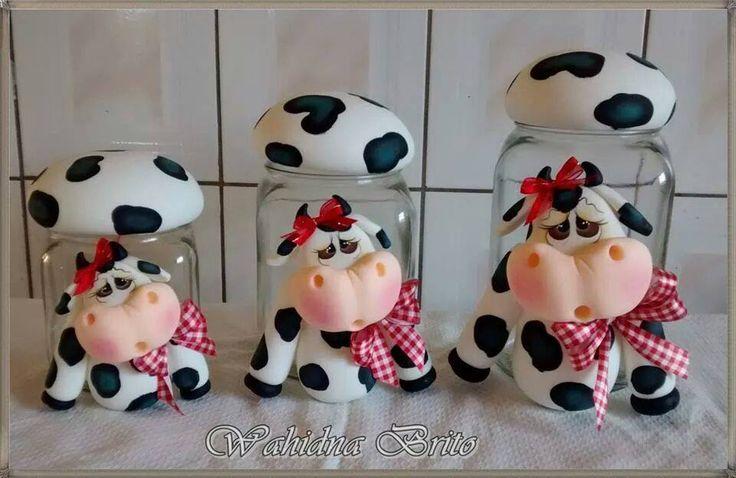 Cute cow jars, Wahidna Brito, polymer clay.
