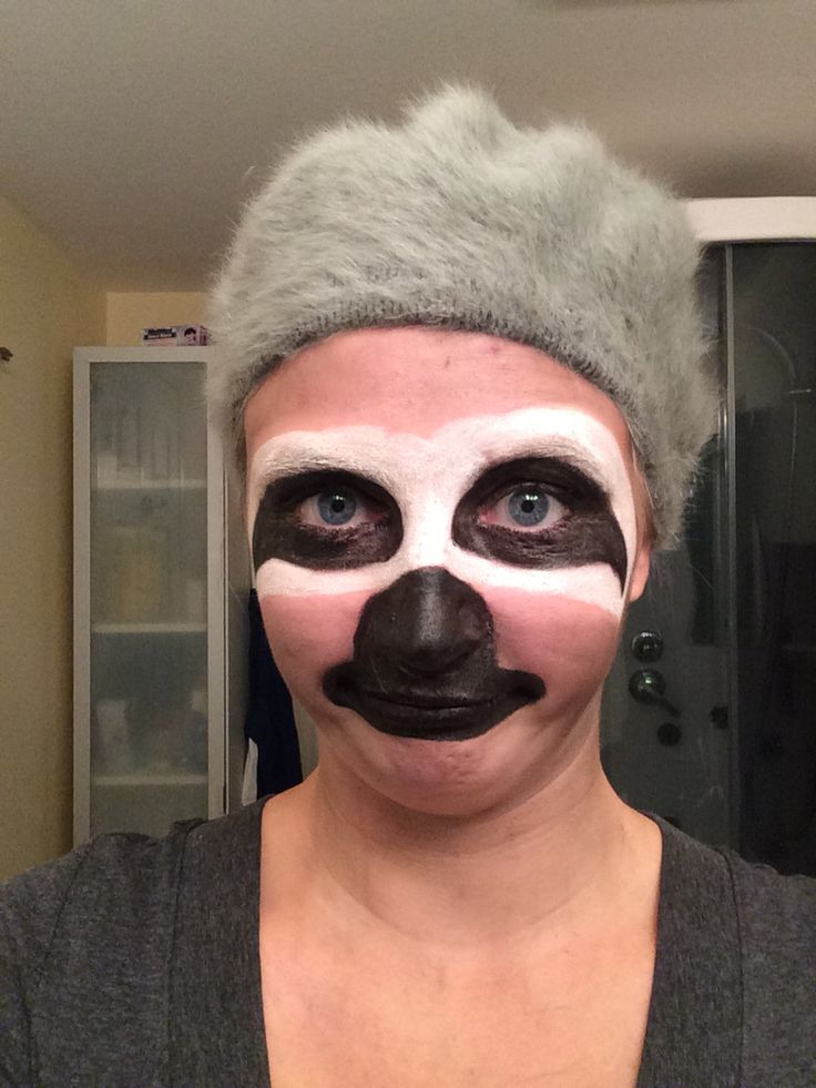 Sloth costume make up, also made some homemade claws! Such an easy and hilarious costume!