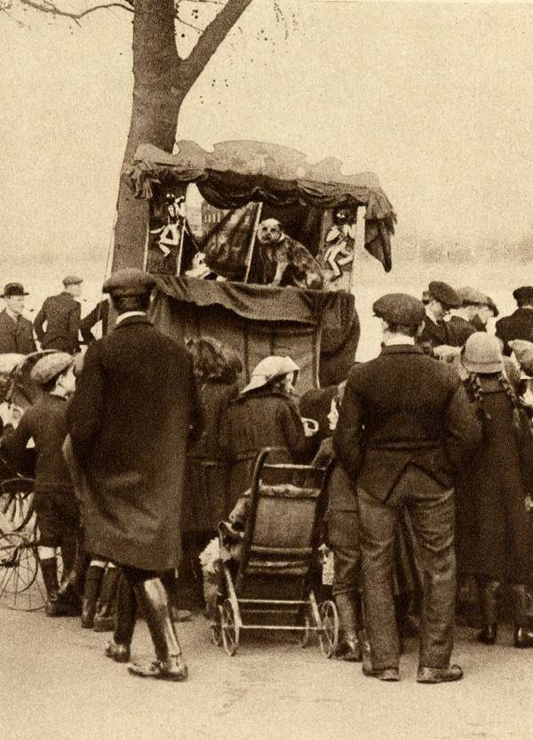 Punch and Judy Show in Putney