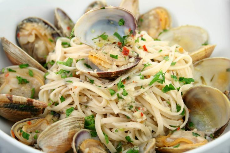 Recipes for clams and pasta