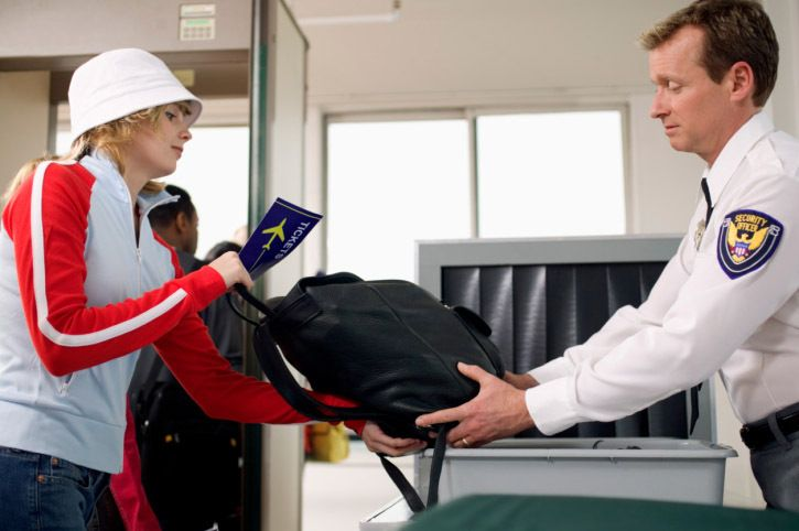 Nobody ever wants to spend more time dealing with airport security. Minimize the hassle with these 10 tips!