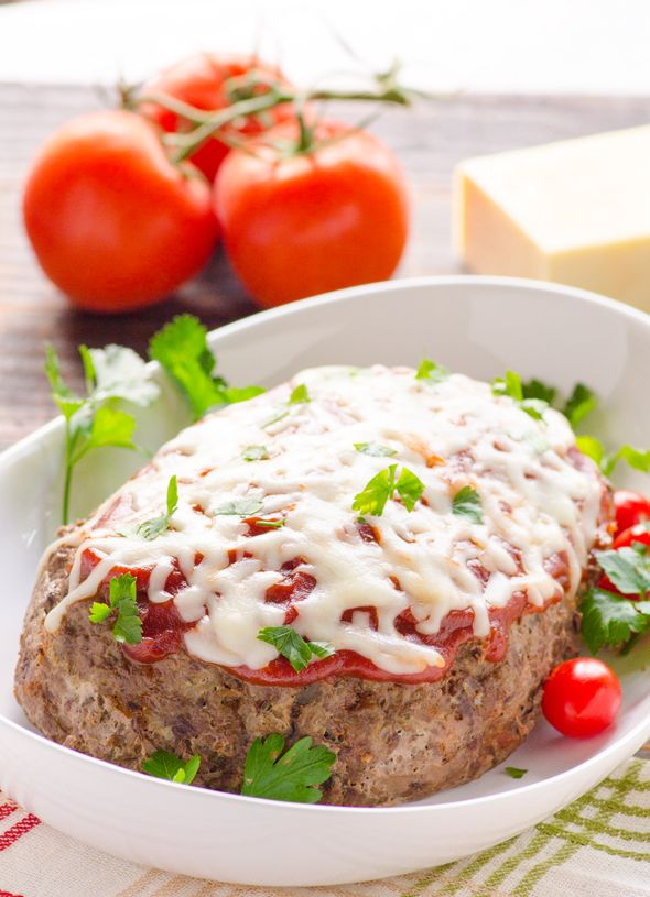 Crock Pot Italian Zucchini Meatloaf - low carb & gluten free meatloaf made with grated zucchini instead of breadcrumbs, in a slow cooker.