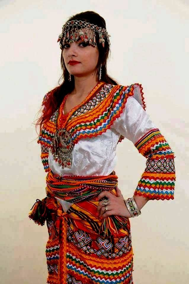 559 best robe kabyle images on pinterest for Haute kabylie
