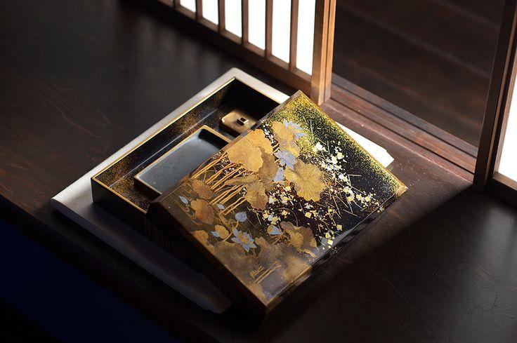 蓮蒔絵硯箱[明治]