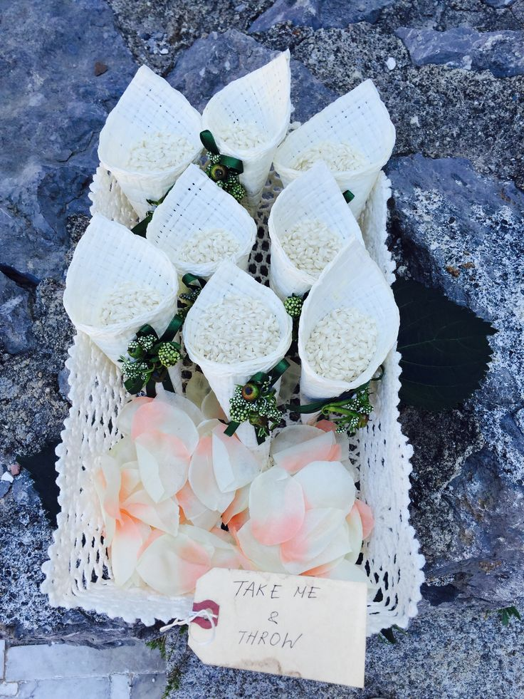 Take Me and Throw Cones rice, Civil Wedding, Wedding day, Total White Flowers, Mediaval Ruins Sant'Eustachio, Villa Minuta, Scala, White, Yellow and Orange colors, Olga Studio, Sposa Mediterranea, Federica wedding Planner
