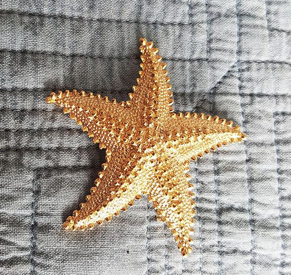 Vintage vintage broochStarfish in golden color your outfit