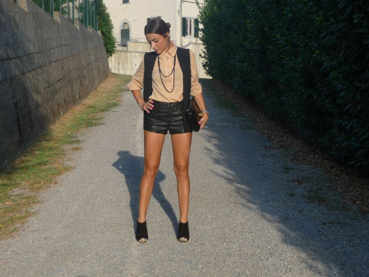 Scarpe Zaran Short in eco pelle H&M, smanicato Zara, Borsa Marc Jacobs #fashion #outfit #fall http://www.myurbanbonton.com/short-istruzioni-per-luso/