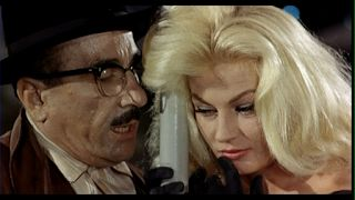 Boccaccio '70: Le tentazioni del dottor Antonio [The Temptation of Doctor Antonio] (Federico Fellini, 1962) | Phipps Film