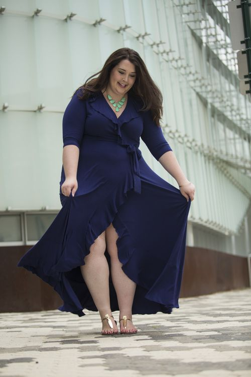 navy blue ruffled maxi dress, kiyonna maxi dress, kendra scott mint harlie statement necklace, mint statement necklace, gold earrings, sam edelmen gold sandals, gold and silver bangle bracelets, target half sphere gold earrings, plus size bracelets, plus size street style, plus size fashion, plus size blogger, plus size clothing