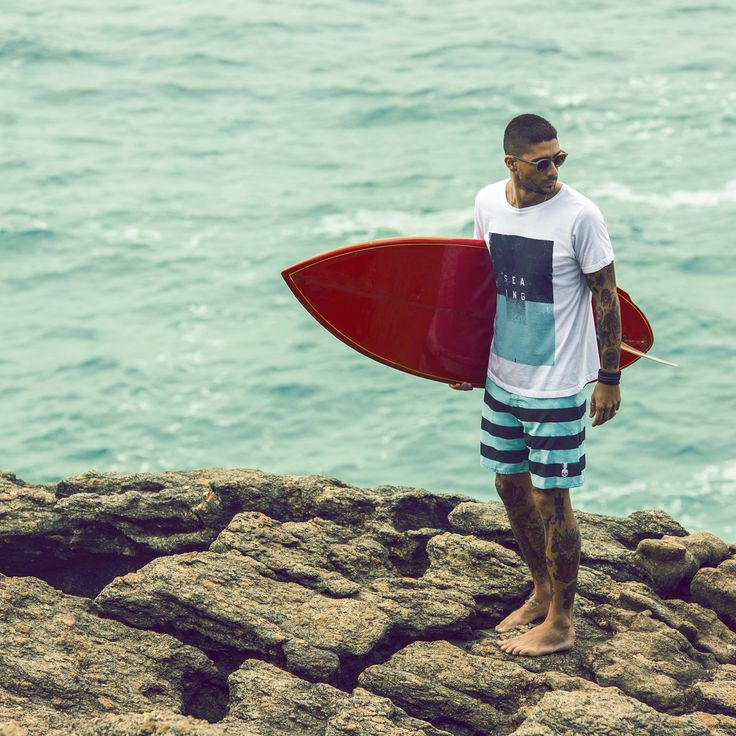 Verão 2016 na praia da Joatinga. #lab77 #labsetesete #lifeismydope #riodejaneiro #errejota #rj #camisetas #graphictee #tshirt #tee #cropped