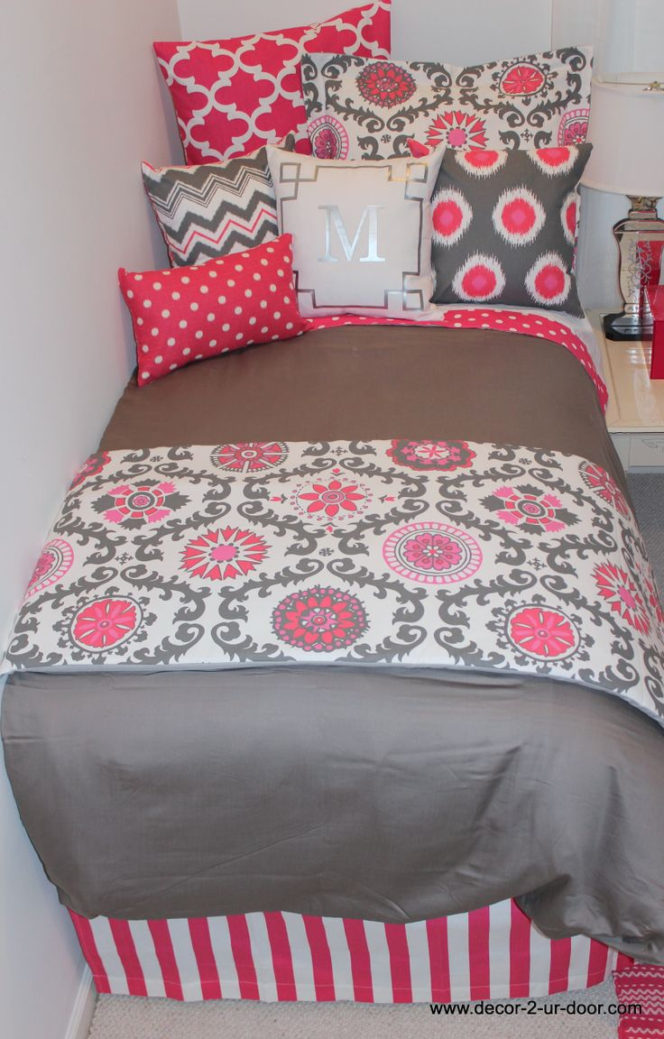 Dorm Bedding Decor 17 Best Images About Dorm And Sorority House Ideas On Pinterest