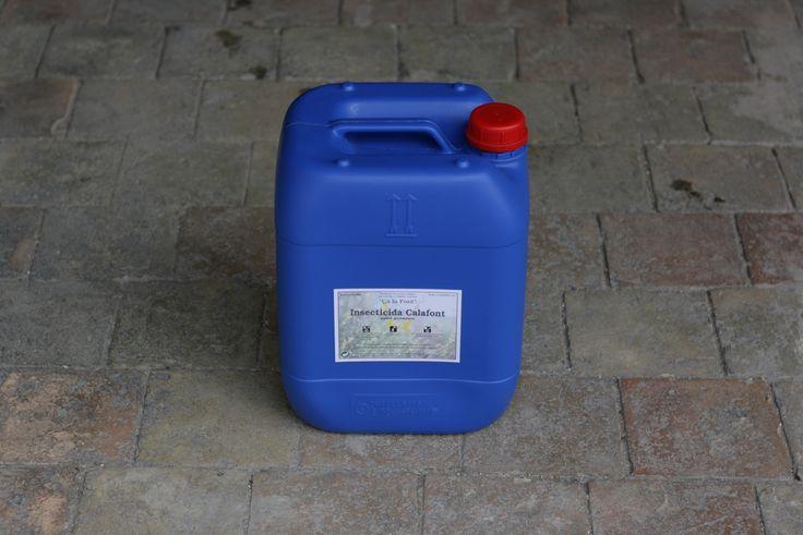 Si tienes un huerto o plantas y quieres un insecticida natural, requiero diluirlo con agua destilada. Hecho con jabón potásico es totamente biodegradable. Envase de 20L. muy concentrado. 56,00€ http://goo.gl/iqbxuv