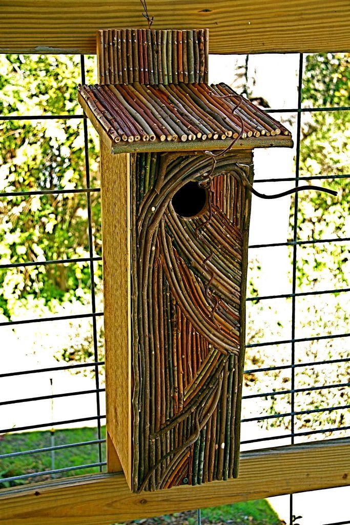 https://flic.kr/p/4xK2LC | Twig enhanced birdhouse | Wish I had one like this.