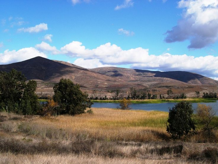 Lower Otay Lake photo (Chula Vista, California) ...