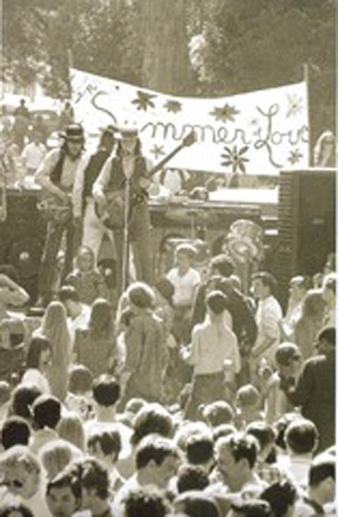an analysis of the hippie culture in united states The 1960s summary big picture analysis & overview of the 1960s the united states arguing that they were costly and might breed a culture of governmental.